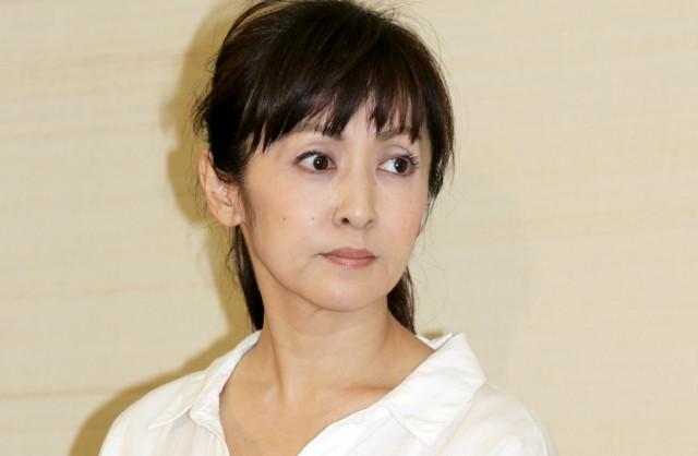 斉藤由貴の若い頃が超絶かわいい!10代や20代の画像も!
